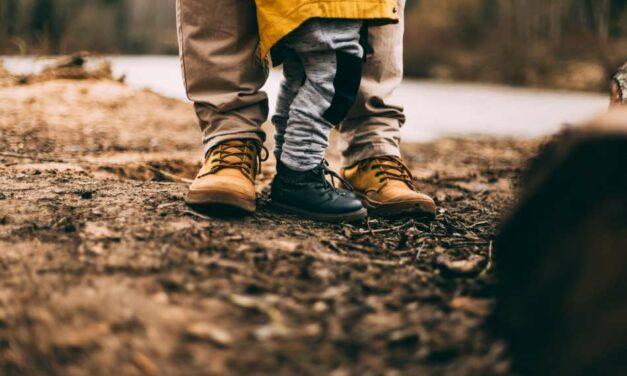 5 prostych zabaw na jesień – dla dzieci i rodziców!